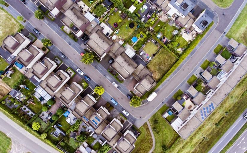 """De ce un cartier bun trebuie să fie și """"prietenos"""" cu pietonii"""